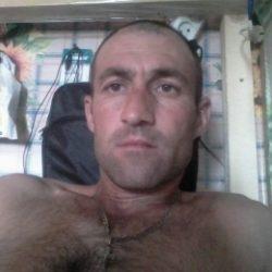 Девственник  ищет девушку  в Хабаровске